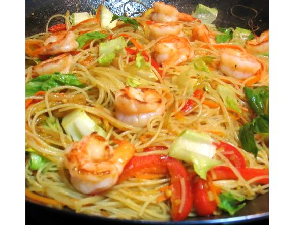 Chinese new year food chinese new year good luck food cathy chinese food for new year singapore noodles recipe forumfinder Images