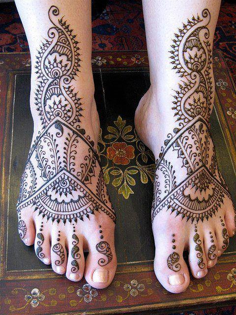 Latest-Best-Of-2013-Collection-Of-Mehndi-11