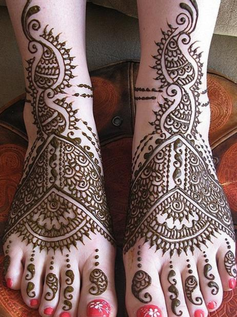 Mehandi Designs for feet and legs (11)
