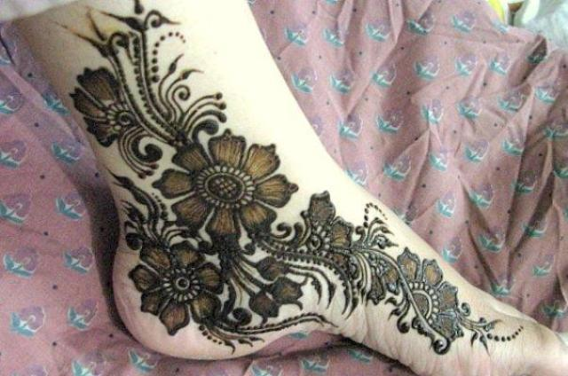 Mehndi_Designs_Feet_Bridal12