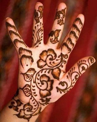 Simple Arabic Mehndi Designs For Kids 6