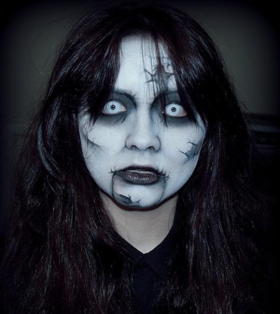 scary-halloween-makeup-ideas for women - Cathy