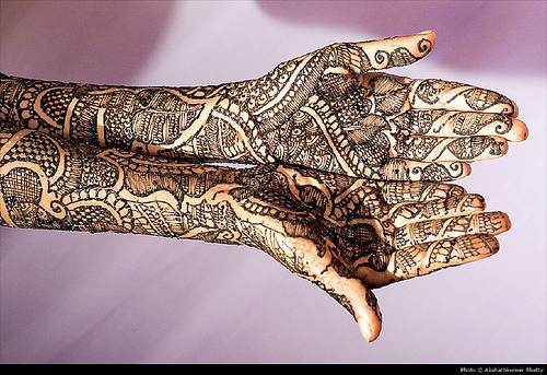 arabic-bridal-mehndi-designs-full hands