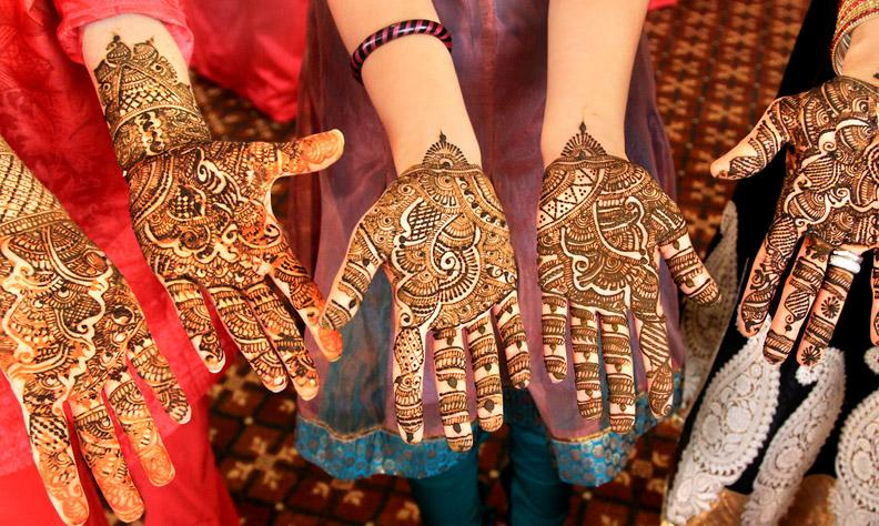 Mehndi Quotes For Wedding : Best bridal hand mehndi designs for your wedding day