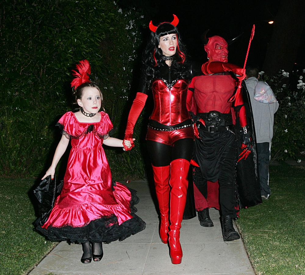 devil halloween costume