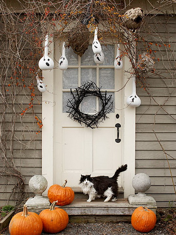 halloween door decoration1