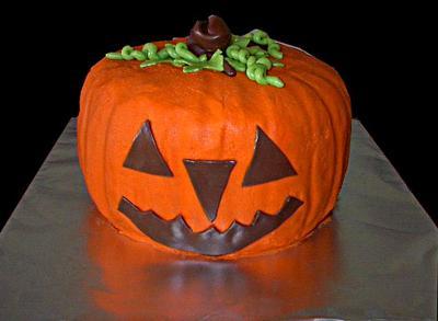 halloween-pumpkin cake