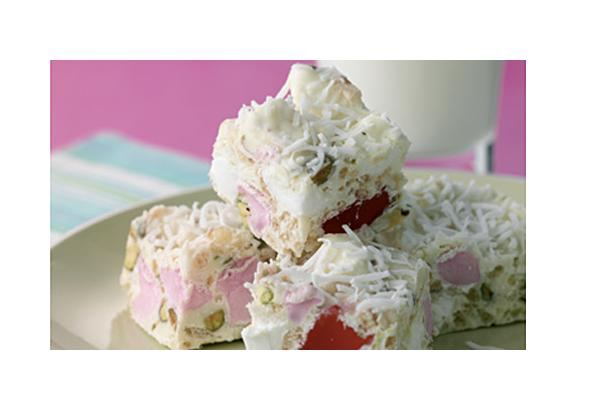 White-Chocolate-and-rice-bubble-rocky-road