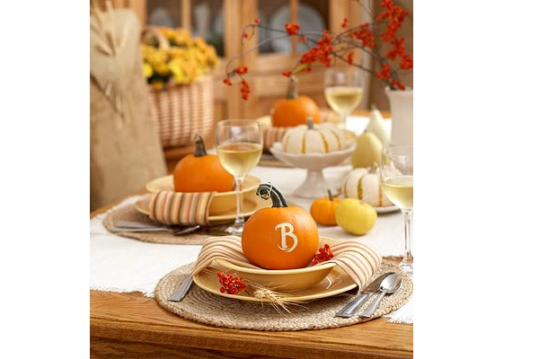 Thanksgiving table decorating ideas4