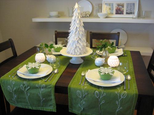 Inexpensive Christmas Centerpiece Ideas2