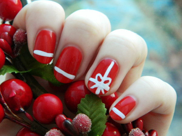 simple christmas nail art designs