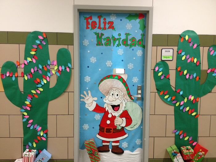 Ideas for classroom christmas door decorating contest : Diy door decoration for christmas cathy